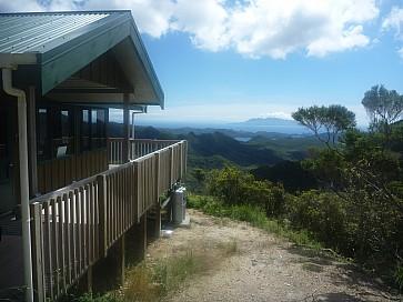 Mount Heale Hut... Unbelievable location!